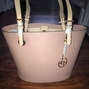 Pink leather Michael Kors Purse